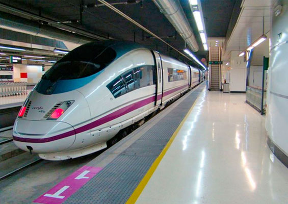 Поезд в Испании